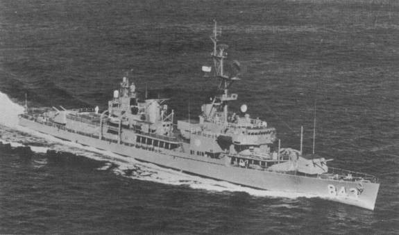 USS Warrington DD843_Before